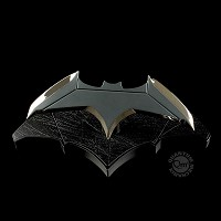 DC Movies Replik 1/1 Batmans Batarang (21 cm) (Merchandise)